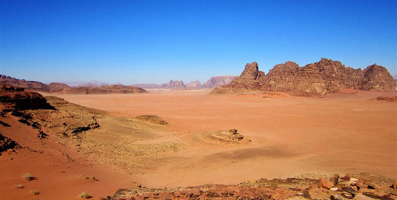 MD Matt Tomkin to complete Wadi Rum Ultra in aid of Lagans